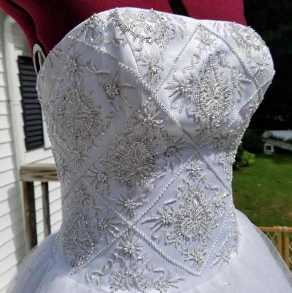 Davinci Bridal Dresses | Today Only Price Davinci Wedding Gown ...